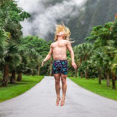 Mens Quick Dry Swim Trunks Swimming Shorts with Mesh Liner Apple Dream Garden