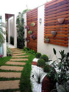 Small Backyard Ideas - Also if your backyard is small it likewise can be very comfy and also welcoming. Having a small backyard does not mean your backyard landscaping . Modern Backyard, Backyard Patio, Backyard Landscaping, Landscaping Ideas, Patio Ideas, Backyard Hammock, Terrace Ideas, Walkway Ideas, Backyard Designs