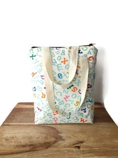 Lunch Bag for Kids, Insulated Lunch Bag, Lunch Bag for Teachers, Large Lunch Box, Insulated Lunch Tote, Gift for Teacher, Large Lunch Bag by TheFuzzyStitch on Etsy https://www.etsy.com/listing/279549118/lunch-bag-for-kids-insulated-lunch-bag