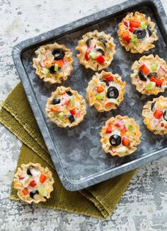 Looking for an easy, addictive appetizer? These Crispy Italian Ranch Cups are just what your next spread needs. Party food perfected!
