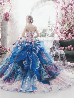 """tullediaries: """""""" Princess-worthy Ball Gowns That Define Regal Elegance―Stella de Libero If you want to look and feel like a princess on your special day, a timeless ball gown with a touch of regal. Fairytale Dress, Fairy Dress, Princess Fairytale, Royal Princess, Pretty Outfits, Pretty Dresses, Ball Dresses, Evening Dresses, Fantasy Gowns"""