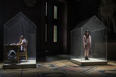 Indoor Generation: Immer drinnen, aber kein Bewusstsein für Raumluftqualität | #indoor Stage Set Design, Set Design Theatre, Projection Installation, Bühnen Design, Sound Sculpture, Le Zoo, New Media Art, Dark Fantasy, Fantasy Art