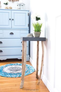 How to make a rustic table with driftwood legs. Simple and whimsical DIY coastal home or cottage decor idea. Full tutorial included.