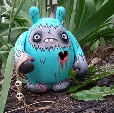 """""""Heartless Head Hunting Yeti"""" Custom Dudebox by The Other Guy! The Other Guys, Vinyl Toys, Baby Blue, Garden Sculpture, Dinosaur Stuffed Animal, Berries, Hunting, Nerd, Culture"""