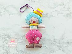Portachiavi in feltro, gadget da attaccare a borsa o zaino, gadget circo in feltro, portachiavi idea regalo. keychain handmade felt clown.