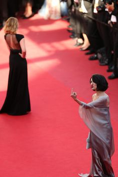 Asia Argento at the Closing Ceremonies of the Cannes Film Festival, May 26th  http://whitedeep.tumblr.com