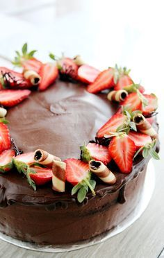 Image result for decorating cakes with live roses and strawberries