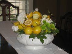 Beaux R'eves: Easy, Economical Floral Centerpiece for Winter