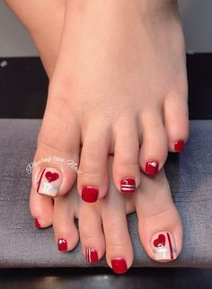 Pedicure Designs, Pedicure Nail Art, Toe Nail Designs, Pretty Toe Nails, Cute Toe Nails, My Nails, Toe Nail Color, Toe Nail Art, Nail Colors