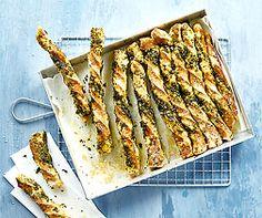Glutenfreies Laugen-Knoblauchbrot Quiches, Psyllium, Bread Bun, Sans Gluten, Asparagus, Food And Drink, Vegetables, Cooking, Recipes