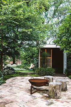 outdoor living: a multi-purpose garden – rustic home exterior Outdoor Fire, Outdoor Areas, Outdoor Rooms, Outdoor Living, Outdoor Stove, Rustic Outdoor, Fireplace Outdoor, Outdoor Lounge, Outdoor Seating