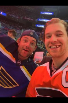 Nhl Selfies Carmen Toews S Collection Of 30 Nhl Ideas