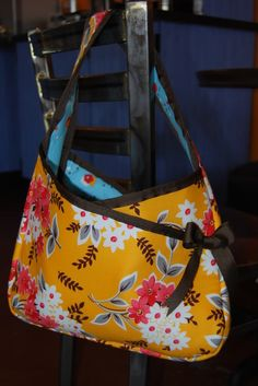 The Jenny Bag  Sewing Pattern by Wired Up Designs    With its unique design and construction, this is a perfect bag pattern for even the beginner - no separate linings, pockets pieces or zippers to fuss with means it sews up quickly and easily.