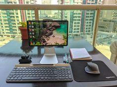 Computer Desk Setup, Computer Workstation, Minimalist Desktop Wallpaper, Mobile Computing, Studio Setup, Study Motivation, Ipads, Linux, Hygge