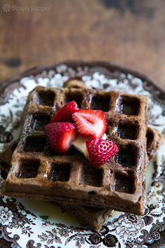 These delicious buckwheat waffles are naturally gluten-free! EASY to make, they're crispy on the outside and fluffy on the inside. Buckwheat Waffles, Buckwheat Recipes, Millet Recipes, Flour Recipes, Waffle Recipes, Raw Food Recipes, Food Tips, Bread Recipes, Gluten Free Waffles