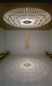 teto vazado com design de mandala