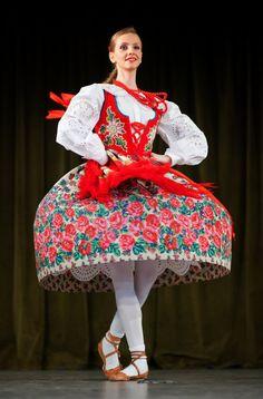 tanzen volkstanz einzigartige kleidung