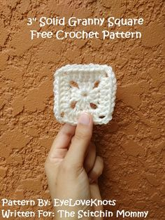 Granny Square - Free Crochet Pattern- Inch Solid Granny Square - Free Crochet Pattern- Baby japanese crochet by Emma Alegre PLT (Pull Loop Through) Joining Method Tutorial by EyeLoveKnots for The Stitchin' Mommy Granny Square Crochet Pattern, Crochet Blocks, Crochet Squares, Crochet Granny, Free Crochet, Crochet Baby, Granny Square Tutorial, Crotchet, Crochet Afghans