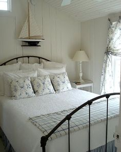 Coastal Beach Cottage Bedroom Decorating Ideas - via Completely Coastal