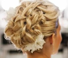Best Hair Style For Brides Wedding -