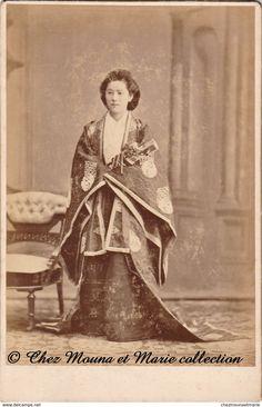 JAPON TOKYO TOKIO YOKOHAMA - FEMME JAPONAISE - COSTUME TENUE TRADITIONNEL - GEISHA - SUZUKI - CDV PHOTO 16 X 10 CM
