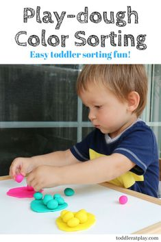 Great toddler activity to encourage cognitive skills, learn colors and improve fine and small motor skills. Easy to set up and fun! The younger toddler repeats actions watching for results. Sorting Activities, Indoor Activities For Kids, Sensory Activities, Educational Activities, Toddler Activities, Colour Activities, Steam Activities, Sensory Play, Toddler Preschool