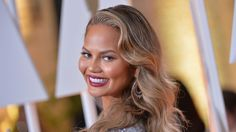 awesome Chrissy Teigen May Low-Key Cosplay As The Hulk At The Grammys Check more at http://dicnews.com/chrissy-teigen-may-low-key-cosplay-as-the-hulk-at-the-grammys/