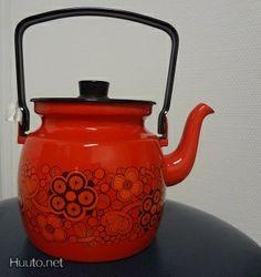 <3 Kettle, Kitchen Appliances, Diy Kitchen Appliances, Tea Pot, Home Appliances, Boiler, Kitchen Gadgets