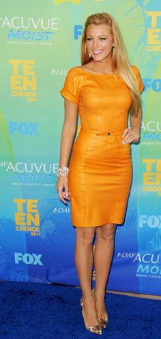 Blake Lively...this ensemble so reminds me of my sister.....I give her 24 hous to repin:)