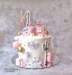 "Mari Cakemake's Instagram profile post: ""#kakku #helsinki#finland #suklaakakku #cake #butikpasta  #cakedecoration#chocolatecake #butikpastaistanbul #drippasta #fondantanimals…"" Cake Decorating Frosting, Cake Decorating Videos, Birthday Cake Decorating, Birthday Cakes Girls Kids, Baby Birthday Cakes, Elegant Birthday Cakes, Beautiful Birthday Cakes, Fondant Cakes, Cupcake Cakes"