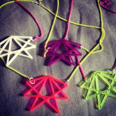 Star necklace in acrylic by AnitaMontiel