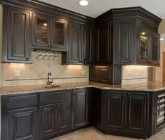 distressed-black-kitchen-cabinets-ablack-cabinets-cultivate-xovo5wd5.jpg (520×440)
