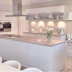 """78 tykkäystä, 2 kommenttia - Around the House Furniture (@aroundthehousefurniture) Instagramissa: """"www.aroundthehousefurniture.co.uk #homedecor #furniture #interior #style #luxury #love…"""""""