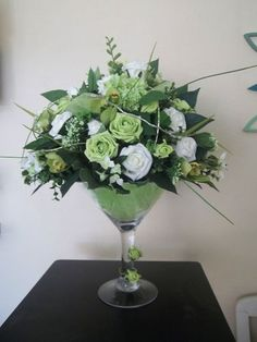 Flowers in a Martini Glass | Martini Glass Vase Centrepiece Wedding Party Flowers Table Decoration
