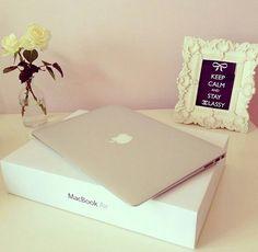 8e0e5462ff9f MacBook Air  lt 3 a girl can dream