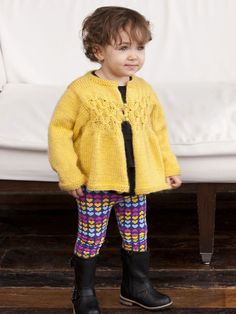 This baby cardigan knit pattern would look adorable on your little girl! With spring on the way, this Sweet as Sunshine Baby Sweater is perfect for upcoming Easter brunches, too! It's easy to make and also makes a great baby gift! to 8 yrs Knitting For Kids, Baby Knitting Patterns, Baby Patterns, Free Knitting, Knitting Tutorials, Knitting Ideas, Knitted Baby Cardigan, Knitted Baby Clothes, Baby Knits
