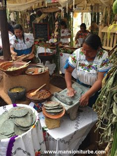 Mexican Kitchens, Mexican Cooking, Mexican Food Recipes, Peru, Chile, Open Fire Cooking, Mexican People, Mexico Culture, Mesoamerican