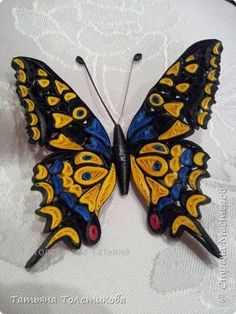 Paper Quilling: The Long Lost Cousin Of Origami Neli Quilling, Quilling Images, Quilling Butterfly, Paper Quilling Cards, Paper Quilling Flowers, Paper Quilling Patterns, Paper Quilling Jewelry, Origami And Quilling, Quilled Paper Art