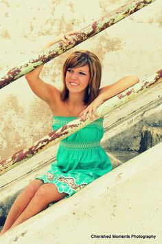 Cherisehed Moments photography <3 senior photography pose, teen, stairs, fashion model