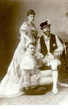 Empress Alexandra, her Father (Grand Duke Louis IV of Hesse and by Rhine) and brother (Grand Duke Ernst)
