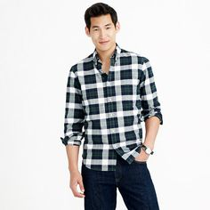 J.Crew - Vintage oxford shirt in warm spruce plaid   Large