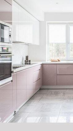 Kitchen Ikea, Kitchen Modular, Kitchen Room Design, Kitchen Cabinet Colors, Modern Kitchen Design, Home Decor Kitchen, Interior Design Kitchen, Home Kitchens, High Gloss Kitchen Cabinets