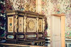 A few photos I took of the Queen's Bedchamber in Versailles. Only three Queens used these quarters, the third being the most famous: Marie Antoinette.
