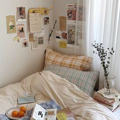decoration+decoration ideas+decor+decorațiuni casă+decoration diy+decoracion de interiores+decoration ideas for living room+decor diy+bresa decor+ELLE DECOR+Floor & Decor Room Ideas Bedroom, Bedroom Decor, 50s Bedroom, Bedroom Inspo, Korean Bedroom Ideas, Bedroom Stuff, Indie Room, Minimalist Room, Aesthetic Room Decor