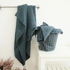 Balsam Green Washed Waffle Bath Towel