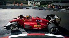 Michele Alboreto in a beautiful Ferrari. Michele Alboreto, Formula 1 Car, Ferrari F1, Indy Cars, F1 Racing, Car And Driver, Vintage Racing, Fast Cars, Grand Prix