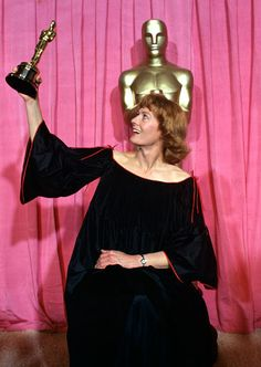 """Vanessa Redgrave won Best Supporting Actress for (""""Julia"""") in 1977"""