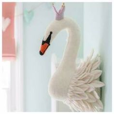 A lovely Swan Head to hang in your little girl's nursery. This charming wall decor is that little idea you are looking for to complete the room's look. Nursery Canvas, Nursery Artwork, Nursery Room, Girl Nursery, Cute Teen Rooms, Kids Rooms, Fantasy Bedroom, Hanging Artwork, Kids Bedroom Designs