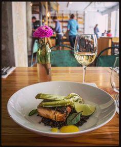 Gdzie najchętniej chodzicie w Warszawie na lunch? My uwielbiamy wpadać do Bazaru Kocha! #karmimytrescia #haveabitewarszawa #haveabitein #warsaw #warszawa #foodie #lunch #restaurant #bazarkocha #instafood #lunchmenu #lunchset @bazarkocha #food #delucious #deli #dish If you crave delicious lunch choices  Bazar Kocha is a must visit!