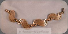 Rebajes Copper Textured Swirl Link Bracelet (Image1)